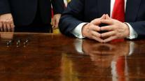 Γιατί οι πρόεδροι των ΗΠΑ υπογράφουν κάθε διάταγμα με άλλο στυλό και μετά το χαρίζουν;